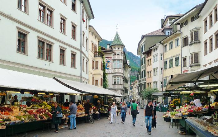 Der Obstmarkt in Bozens Zentrum