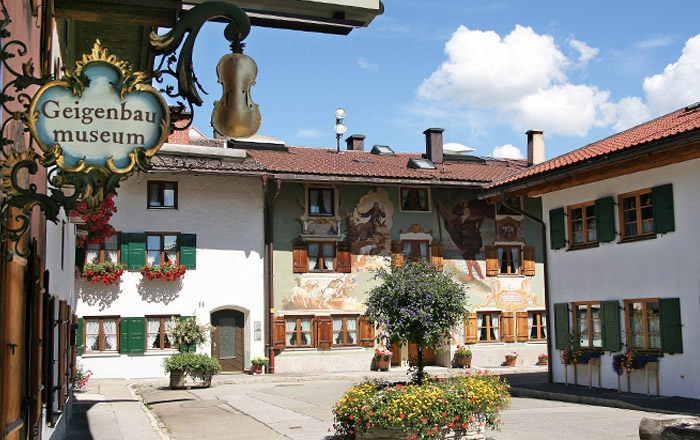 LandYachting Mittenwald Kultur