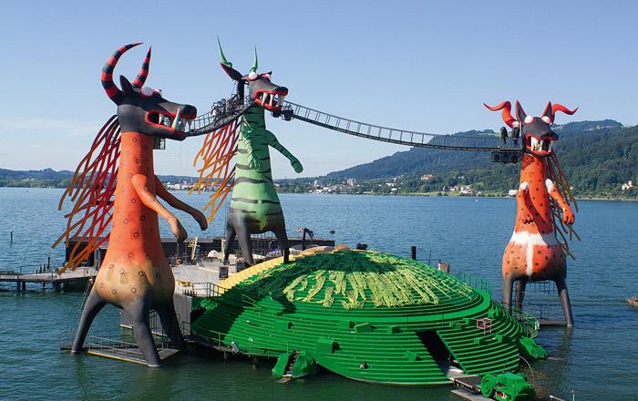 Die Bregenzer Festspiele warten jedes Jahr mit einer beeindruckenden Kulisse auf