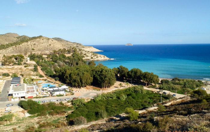 Der Campingplatz El Torres liegt ruhig am schönne Strand El Torres