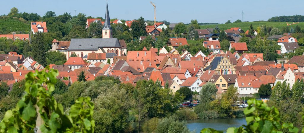 Der neue Wohnmobilstellplatz liegt am Zentrum von Sulzfeld am Main