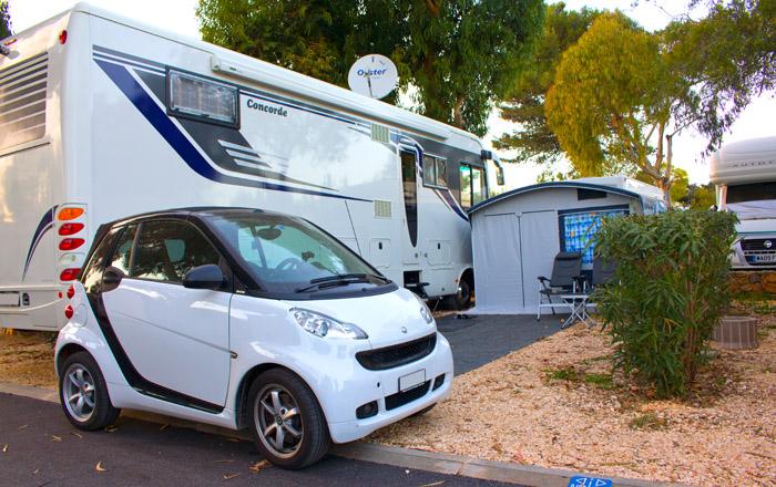 Große Parzellen auf dem Luxus Campingplatz laden zum Überwintern ein