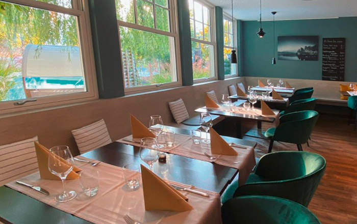 Das Restaurant am Platz bietet regionale Spezialitäten